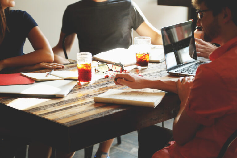 5 Reasons to Hire Intrapreneurs