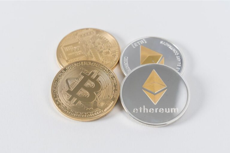 blockchain does not equal bitcoin